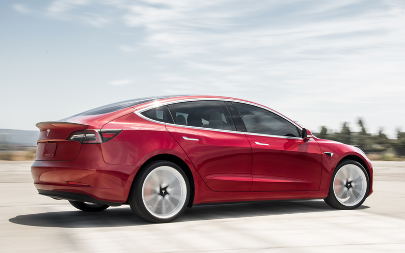 Model 3 ook populair in de UK